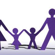 Papierfamilie (Quelle: FreeImages.com/B S K)