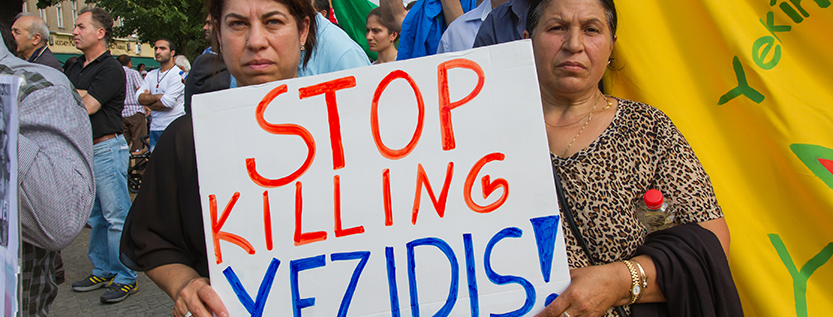 Demo gegen Völkermord an den Yeziden (Foto: picture alliance/Geisler-Fotopress)